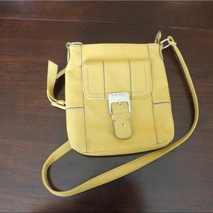 Nine West faux yellow leather crossbody purse